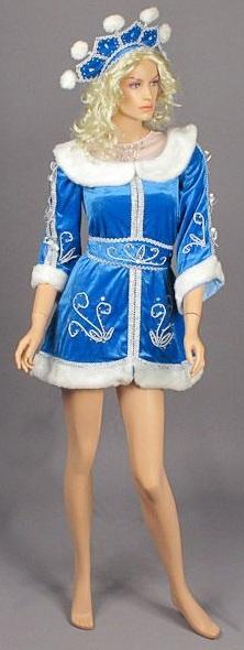 костюм маленького размера: 38, шубка-платье мини. Подходит взрослым и подросткам.