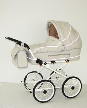 Детская коляска с вышивкой
