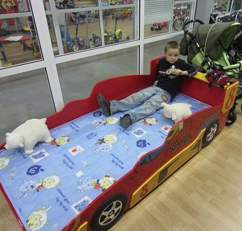 Детская кровать машина, кровать машина, кровать Гоночная машина Формула 1, Racing Car F1, кровать для ребенка в возрасте от 3-х до 16 лет, кровать машина из МДФ, цвета красный или синий, кровать-машина, кровать машина фото, кровать машину купить
