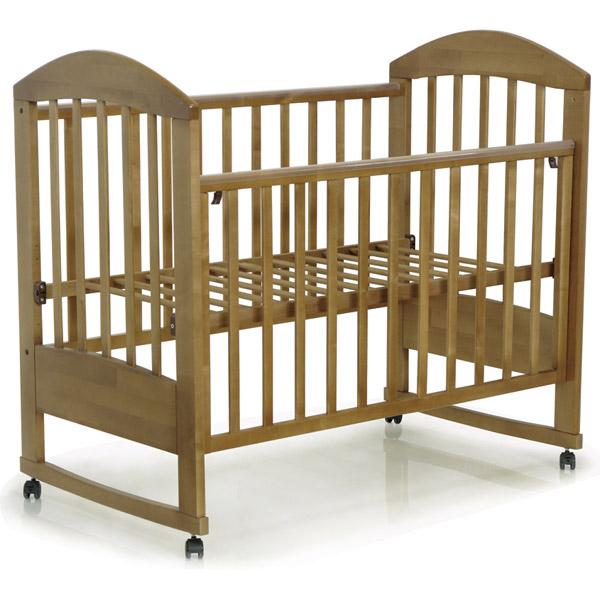 Кровать детская Дарина-2,  кроватка для новорожденных, фирма Топотушки, колесо, качалка, 120*60 , цвет ОРЕХ, материал: натуральная береза, накладки ПВХ (грызунок), съемное боковое ограждение. Цена с доставкой по Москве в пределах МКАД.