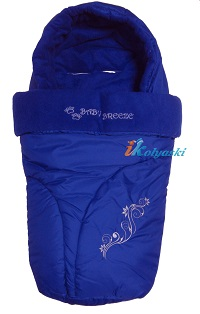Теплый зимний флисовый конверт для всех типов детских колясок, флисовый конверт в коляску фирмы Ecobaby - Экобейби,  С ПРОРЕЗЯМИ ПОД РЕМНИ БЕЗОПАСНОСТИ, размер 87х42 см, цвет СИНИЙ ЭЛЕКТРИК.