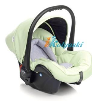 детская модульная коляска Роан Басс Софт 3 в 1 с автолюлькой Роан Поппи