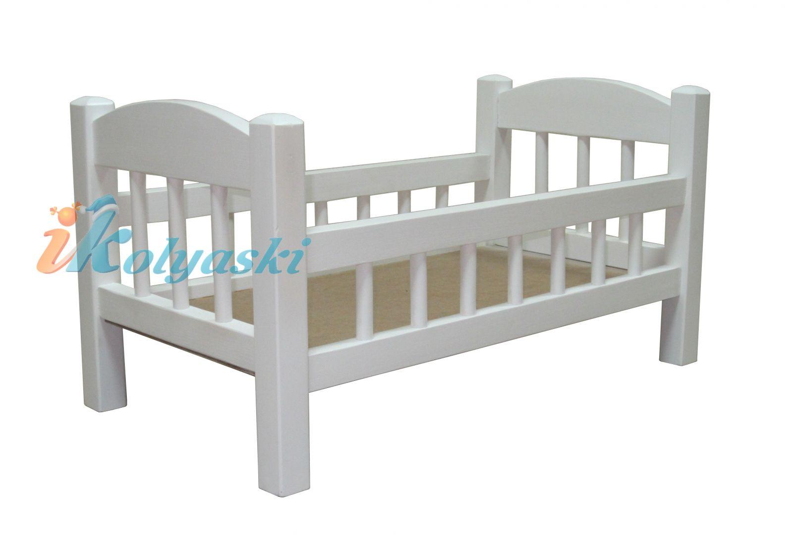 Кровать для кукол Ecobaby Элиза c бортиками, ручная работа, массив, цвет белый, размер 55х29х29 см. По размеру кроватка для кукол Элиза подходит для кукол Беби Бон, Baby Born, Reborn Kids и др.
