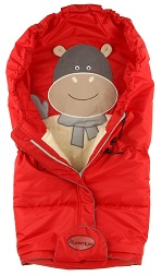 Универсальный детский теплый зимний конверт по форме, как Cocon - Кокон, на искусственном пуху, пуховой спальный мешок для новорожденных в любой тип спальной коляски или трансформера. Зимний конверт фирмы Lider Kid's Лидер Кидс. Красивый дизайн, нарядная аппликация, современные экологически чистые ткани, водонепроницаемые, гигроскопичные. Новые цвета зимних детских конвертов - ЗИМА 2014-2015. Универсальный детский теплый зимний конверт по форме, как Cocon - Кокон, на натуральной шерсти и искусственном пуху, теплый спальный мешок для новорожденных в любой тип спальной коляски или трансформера, размер 90 х 40 см. Детские конверты Leader Kids, Зимний конверт фирмы Lider Kid's Лидер Кидс. Красивый дизайн, нарядная аппликация в виде БЕГЕМОТИКА из мягкого по фактуре флиса, современные экологически чистые ткани, водонепроницаемые, гигроскопичные. Наполнитель - искусственный пух.